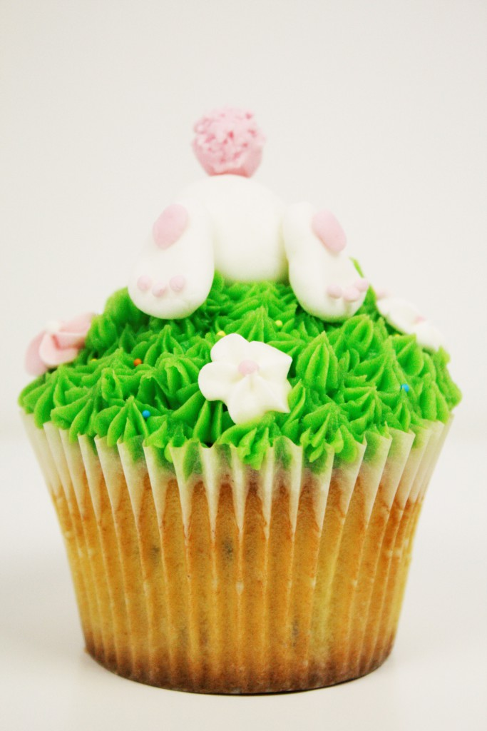 easter cupcakes passionfruit delliedelicious