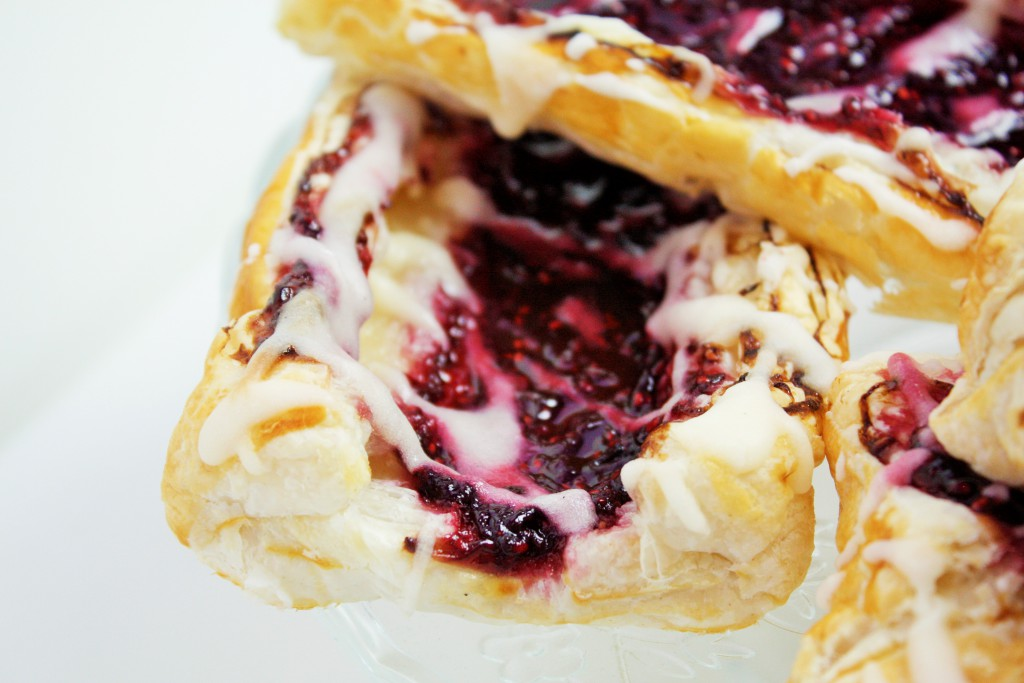danish pastries cheat delliedelicious raspberry