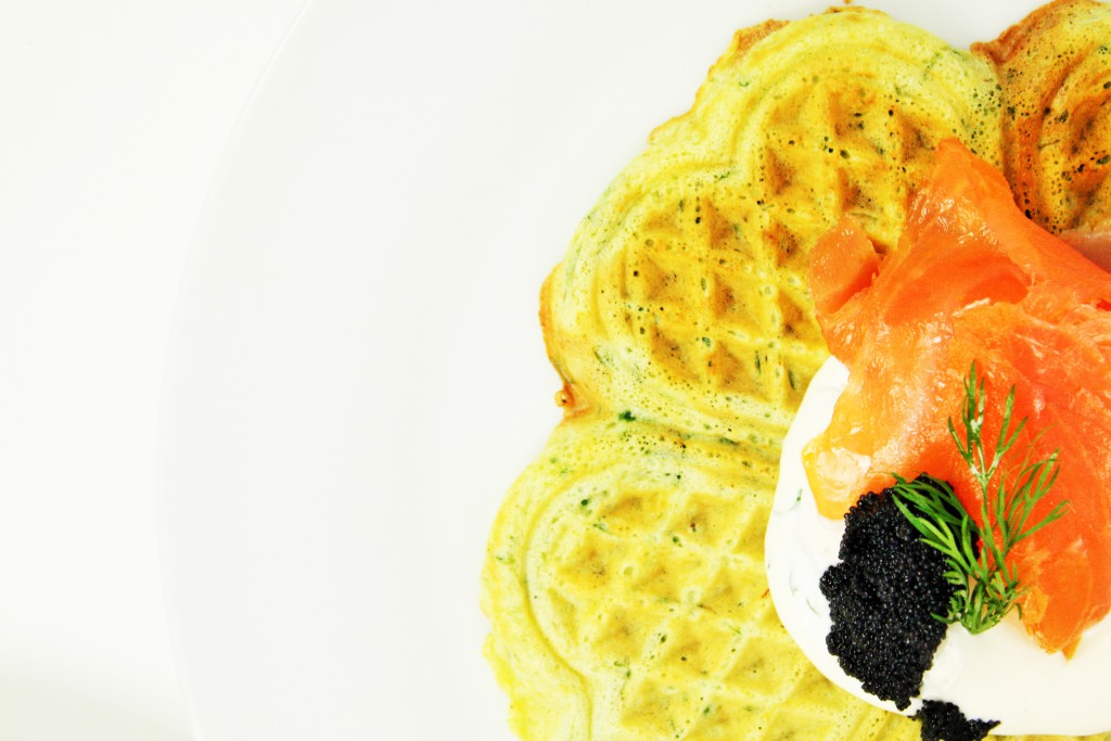 spinach waffles salmon delledelicious