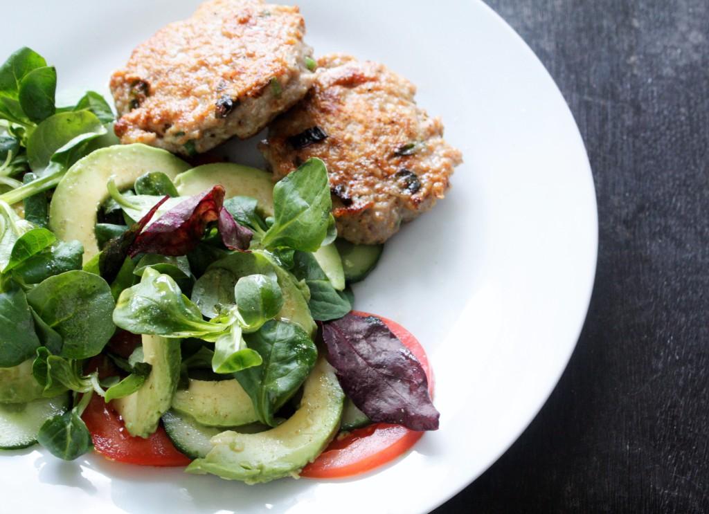 chicken turkey rissoles patties salad kalkon kyckling biffar delliedelicious